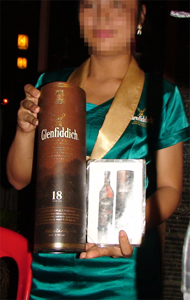 photo of a Glenfiddich seller taken in Siem Reap